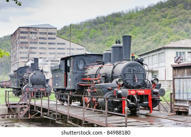 Railroad Turntable Images, Stock Photos & Vectors | Shutterstock