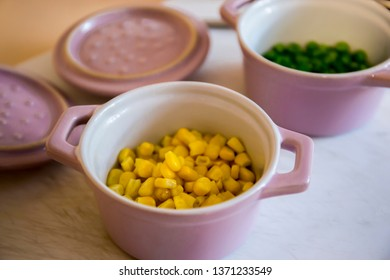 Steamed corns and peas