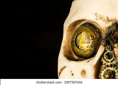Steampunk Skull decoration which features gears and a technological eye.
