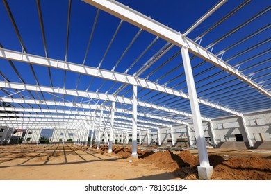 Steel girder truss in a factory