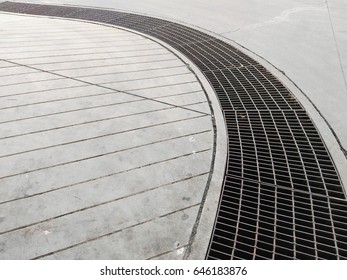 steel grating is a curve