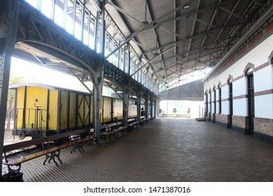 Steel structure on roof installation that applicable for museum and old railway station