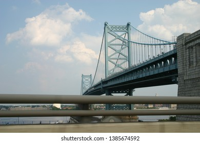 Steel suspension bridge spans the Delaware River in Philadelphia