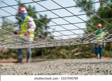 Steel wire mesh for concrete road work