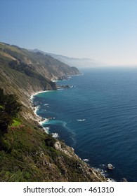 The steep Big Sur mountains drop steeply down to the Pacific Ocean in this long shot down the coast