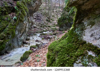 Steinwandklamm Images Stock Photos Vectors Shutterstock
