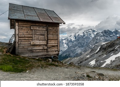 Stelvio Pass Hut, Passo dello Stelvio - Shutterstock ID 1873593358