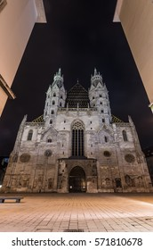 Stephansdom (St. Stephen's Cathedral) in the night, Vienna, Austria