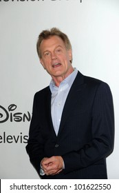Stephen Collins at the Disney ABC Television Group Summer 2010 Press Tour - Evening, Beverly Hilton Hotel, Beverly Hills, CA. 08-01-10