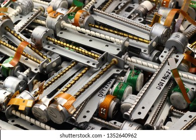 Stepper motors with screws from cd and dvd drives