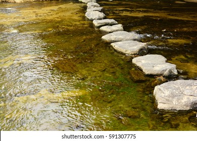 stepping-stone , Stream of interspersed with workdays, Korean traditional stepping stone