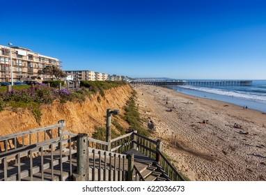 Steps down to North Pacific Beach, looking south to Crystal Pier and Mission Beach