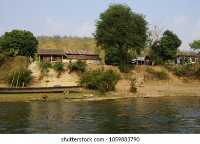 Steps leading from river to small village on the Dokthawaddy River, near Hsipaw, Myanmar (Burma)