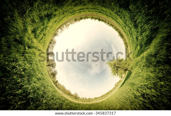 stereographic-panoramic-projection-green