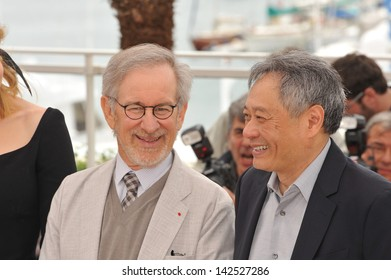 Steven Spielberg & Ang Lee (right) at the photocall for the Jury of the 66th Festival de Cannes. May 15, 2013  Cannes, France