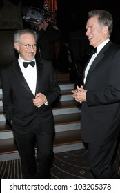 Steven Spielberg and Warren Beatty at the 2009 Governors Awards presented by the Academy of Motion Picture Arts and Sciences, Grand Ballroom at Hollywood and Highland Center, Hollywood, CA. 11-14-09