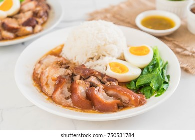 Stewed pork leg with rice and vegetable