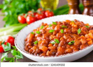 Stewed red beans with carrot in spicy tomato sauce