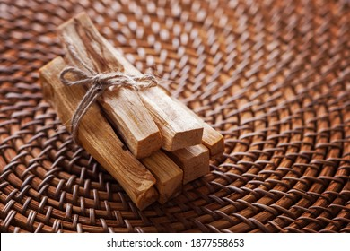 bâtons du palo Santo sacré - mode de vie sain