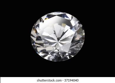 Still Image- a beautiful diamond isolated on black