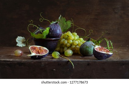 Still life with figs and grapes in the style of Dutch masters