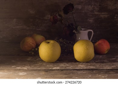 still life fruit,chinese pear on a wooden