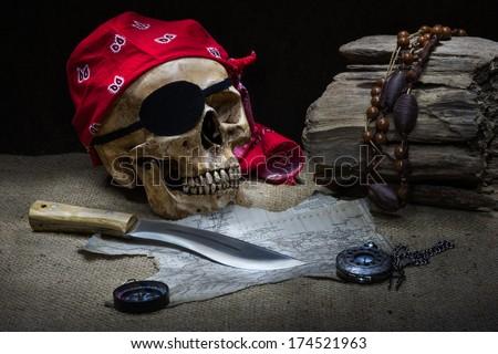 Still life pirate skull
