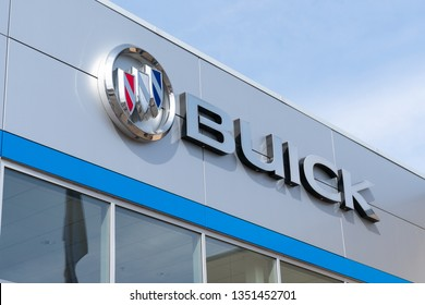 STILLWATER, MN/USA - MARCH 24, 2019: Buick automobile dealership and trademark logo.