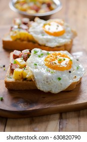 stir fried ham and tomato with egg panini sandwich