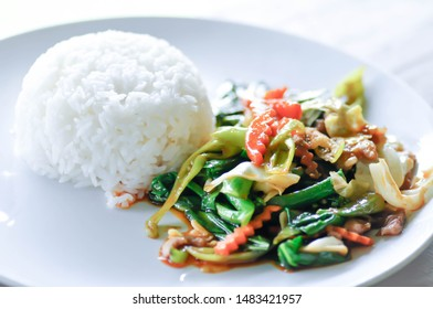 stir fried vegetable , stir-fried vegetable with rice or mixed vegetable