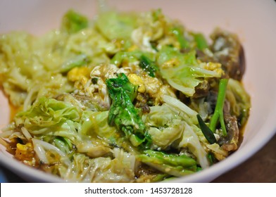 stir-fried cabbage, stir-fried chinese cabbage with beef