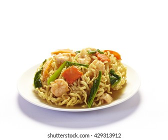 Stir-fried noodles with shrimp, Chinese cuisine
