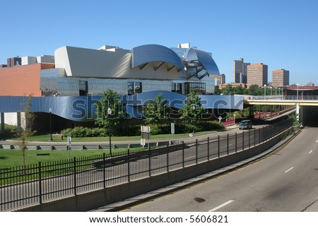 A picture of U of M art museum in the city of Minneapolis