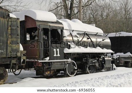 Females in divice bondage