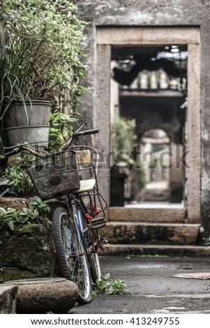 Ancient lane bicycle
