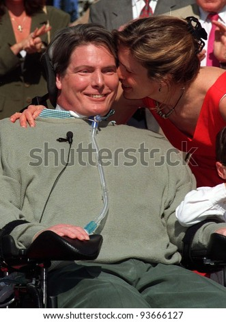 15APR97:  Actor CHRISTOPHER REEVE & wife DANA at the unveiling of his star on the Hollywood Walk of Fame.  Pix: PAUL SMITH