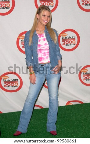 14APR2000: Actress JESSICA SIMPSON at Nickelodeon's 13th Annual Kids Choice Awards.  Paul Smith/Featureflash