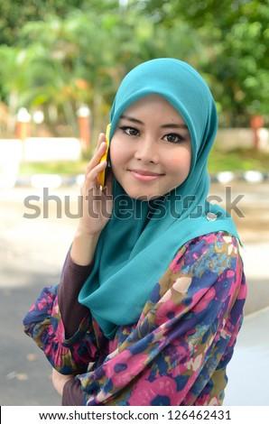 Cal Muslim Asian Women 88