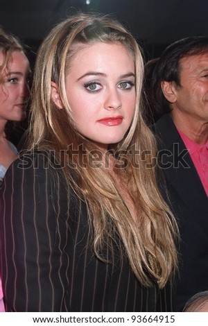 """25AUG97: Actress ALICIA SILVERSTONE at premiere of her new movie, """"Excess Baggage,"""" which she also co-produced."""