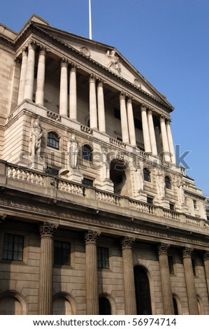 \'Bank of England\' View of the facade of the \'Bank of England\' which controls the supply of money and other economic policies in the UK.