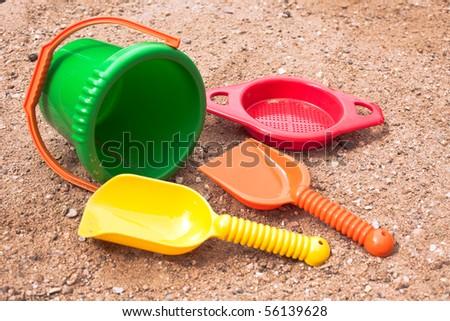 beach toys on send