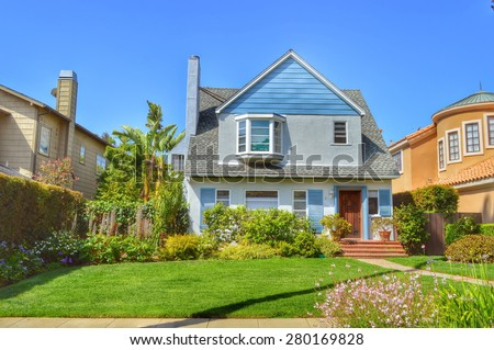 beautiful homes and estates in ...