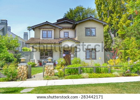 Beautiful Homes And Estates In The Santa Monica City, California. #283442171