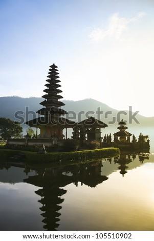 Beautiful Pura Ulun Danu temple on lake brataan, bali, indonesia