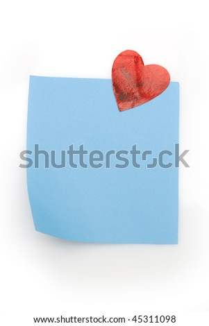 blank blue note with heart magnet