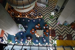 .caffee break at luxury hotel from birds view perspective