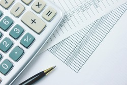 Calcolatrice penna e budget