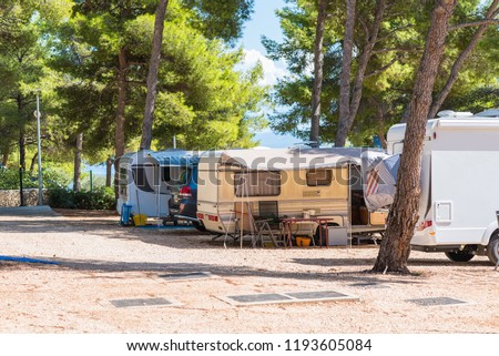 campers and caravans at the campsite