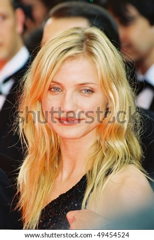 CANNES, FRANCE - MAY 20: Cameron Diaz attends the photo call 'Gangs of New York' during the 55th Cannes film festival, May 20, 2002 in Cannes, France