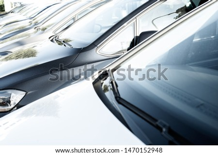 Cars in a row, car purchase #1470152948